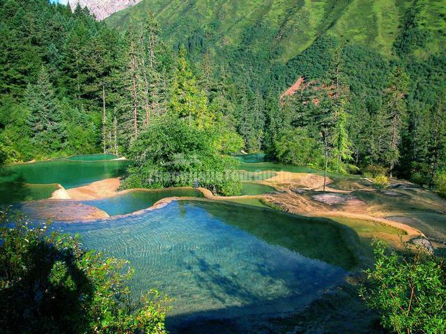 Huanglong Guests Welcome Pond Sichuan