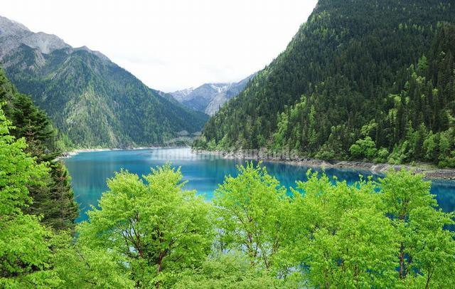 Jiuzhaigou Charming Long Lake