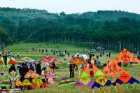 People Flying Kites at Qingxiu Mountain