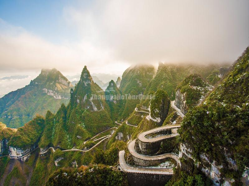 Heaven-linking Road in Tianmen Mountain