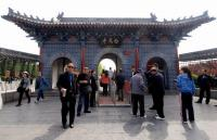 Visitors Visit White Horse Temple China