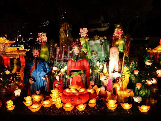 The Three Gods of Fortune, Prosperity and Longevity at Yu Garden Shanghai