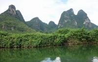Yulong River Beautiful Mountains Guilin
