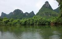 Yulong River Attractive Landscape Yangshuo